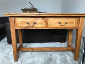 Beautiful solid wood console / Hall table