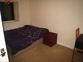 Spacious double room in Didcot