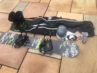 QUICK SALE.. Snowboard equipment. Good as new. Used once.