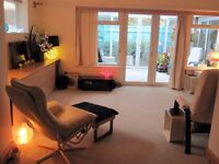Southbourne Artist's spacious luxury studio flat 42sqM Cliffs/SEA end of road. short term 3 months