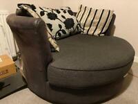 Round swivel love seat