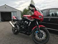 YAMAHA FAZER 600 ONLY 4000 MILES FROM NEW!! MINT!!
