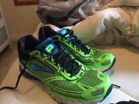 Brooks Aduro 4 Running shoes