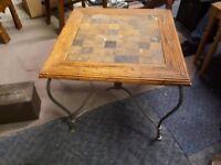 Unique corner table