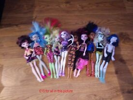 Monster high stuff - 4 separate bundles as priced per each picture collect Stonehaven