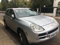 Silver Porsche Cayenne S Tiptronic 2004 - Mint Condition