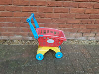 CHILDS OUTDOOR SHOPPING TROLLEY TOY - FREE FOR COLLECTION