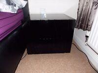 Bedside tables black shiny