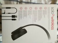 BEATS solo 3 wireless headphones special addition black. Never used still in plastic wrapping