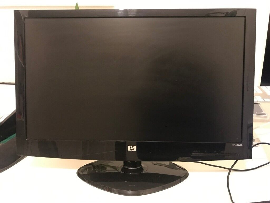 HP x22LED Monitor, 21 5 inches Resolution: 1920x1080 with HDMI cable   in  London   Gumtree