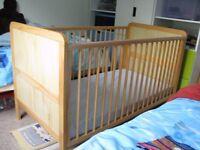 BABY'S COT BEDS