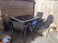 Garden table& 6 chairs