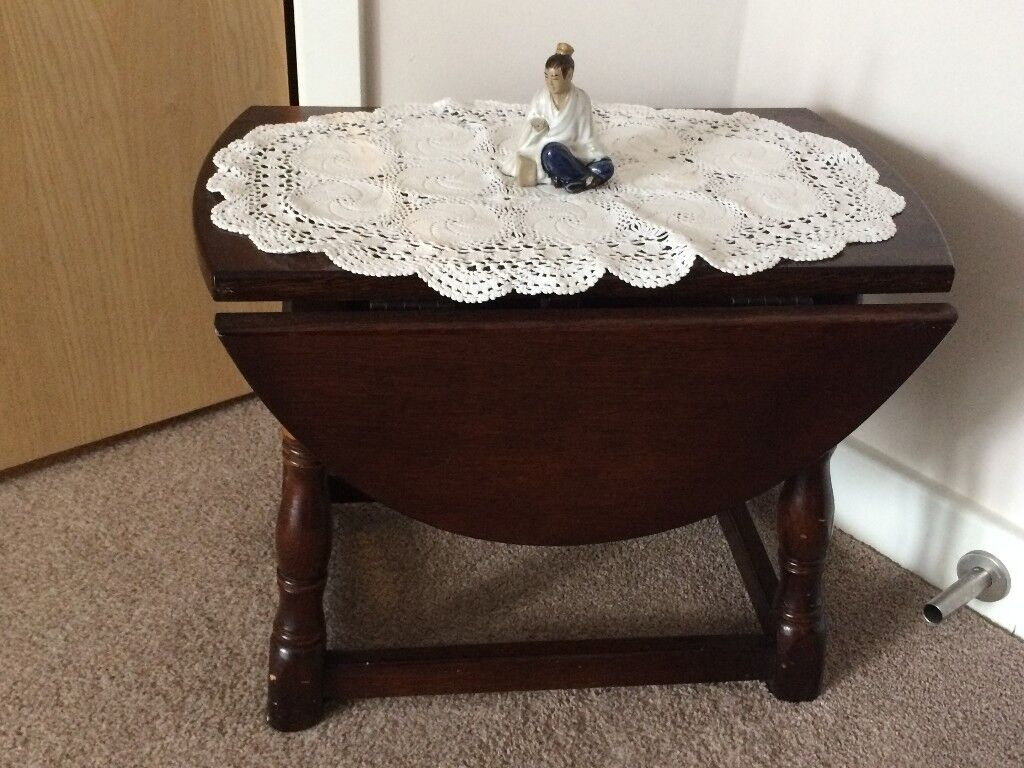 reproduction small dark wood coffee table - excellent condition
