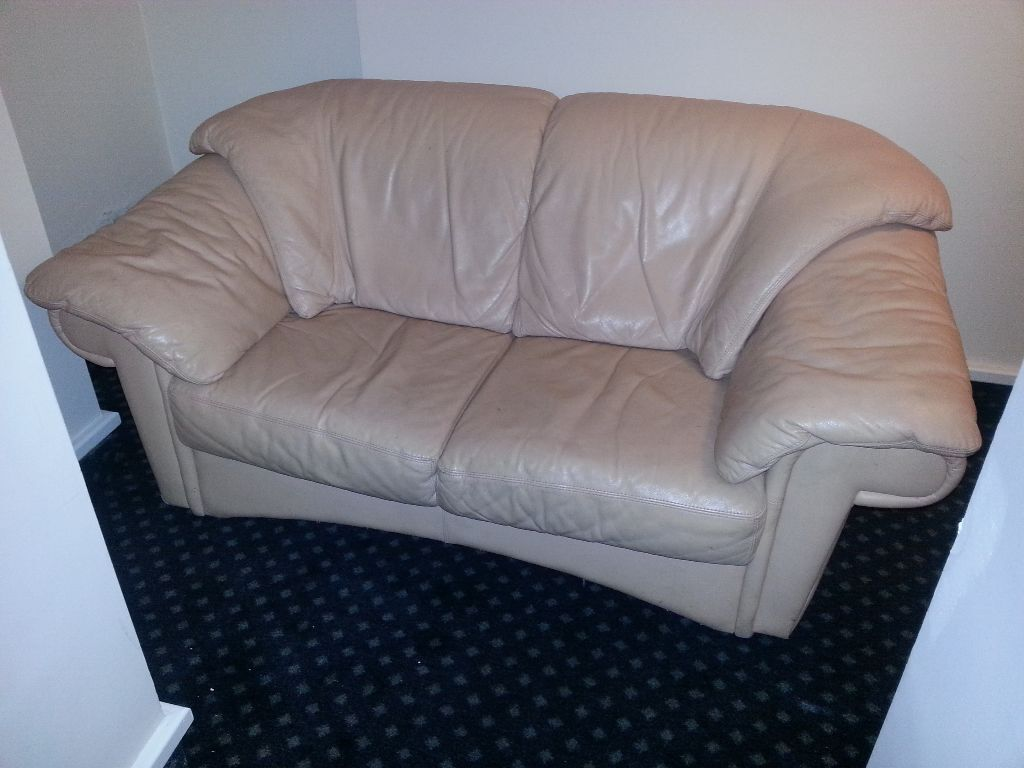 2 Seater Pink Leather Sofa For Sale 20 Only In Aldgate London Gumtree