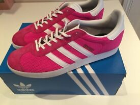 MEN ADIDAS TRAINERS DRAGON PINK/RED UK 10 USED ONCE BARGAIN £15 OLD TOWN SWINDON