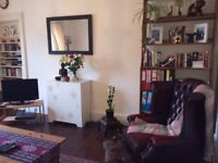 Spacious Sunny Two Bedroom Flat, Newington