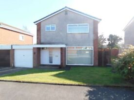 DETACHED 3 BEDROOM FAMILY HOME WITH GARAGE FOR RENT