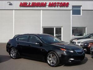 2012 Acura TL SH-AWD / LEATHER / SUNROOF / A MUST SEE!!!