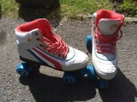 Roller boots unisex size 8 like new