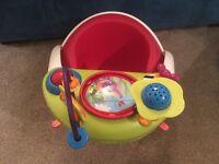 Mamas & Papas Snug Seat with Play Tray (Red)