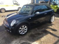 BREAKING - MINI ONE CONVERTIBLE - BLACK - ALL PARTS AVAILABLE