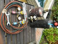 Oxy/Acetylene gas regulators and hoses