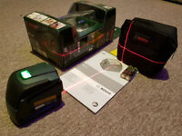 Bosch Cross Line Laser Level @ as new , boxed , with carry pouch , new batteries