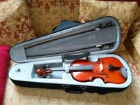3/4 size Gear 4 Music Student Violin c/w shoulder rest, case and additional bow