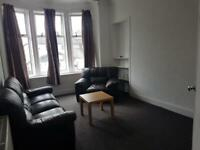 Large 1 bedroom flat for rent in Central Paisley