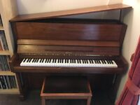 Daewoo Royale ES-18 C Upright Piano - Good Condition