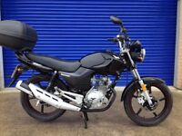2015 Lexmoto Zsf 125cc Naked Sports Bike . Stunning Condition Just 27km From New