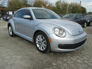 2012 Volkswagen Beetle PREMIERE**LOW KM**AUTO**ONE OWNER** CERT