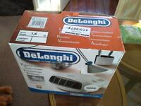 2 electric delongi heaters