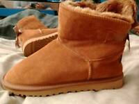 **GENUINE UGG boots, Mini Bailey Bow II, Size 6.5**