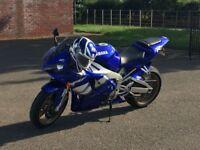 Yamaha R1 very clean bike