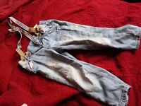 HM JEANS 92 CM in a very good condition and very oryginal for girls and boys