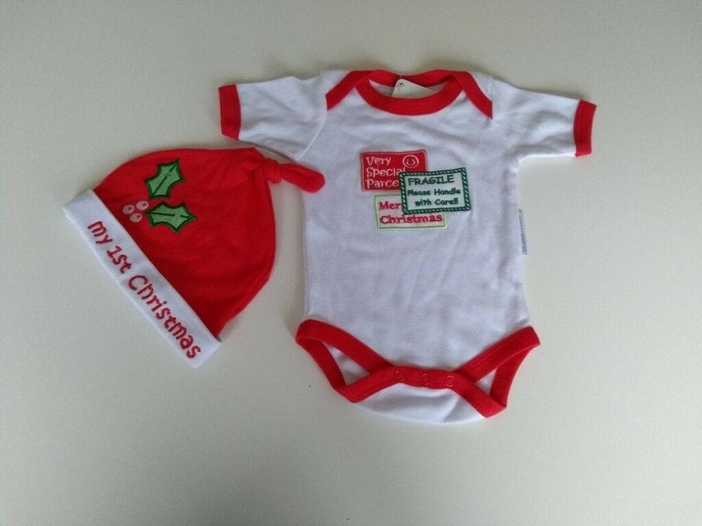 abc0444d4 Baby's First Christmas / Santa Outfit, Baby Vest and Santa Hat, Age ...