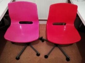 Free 2 study chairs