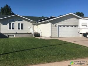 $249,000 - Bungalow for sale in Ryley
