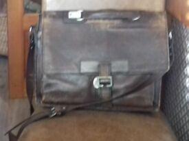 HIDESIGN Leather brief case
