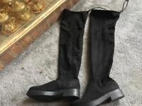 Ladies long boots up knee suede black colour size 5/38 used good condition £5