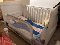 OBaby Grace Cot Bed & Excellent condition High Quality Obaby Mattress