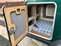 Teardrop caravan camping trailer