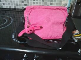 kipling pink hand bag vgc