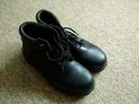 woman safety shoes size 6 (39)