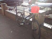 Trek FX 7.3 black hybrid bike hardly used - quick sale