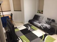 1 Bed Flat - Bills included - Available 19th November