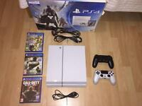 Playstation 4 - White 500GB with 2 controllers