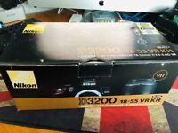 Nikon D3200 18-55 VR KIT + Battery Grip + Flash diffuser (ALL BOXED)