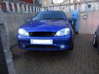 Imperial Blue Ford Fiesta Zetec-S Breaking